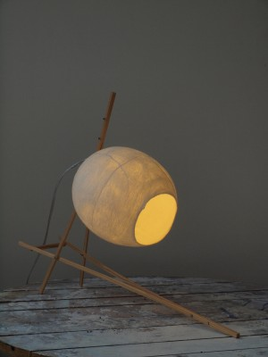 Tafellamp met vilten kap